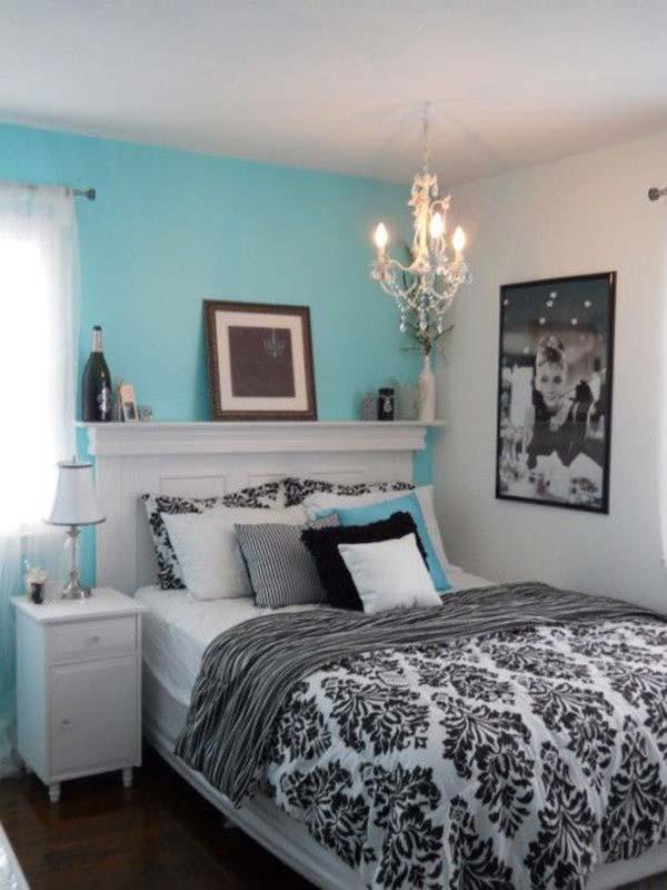turquoise dorm room